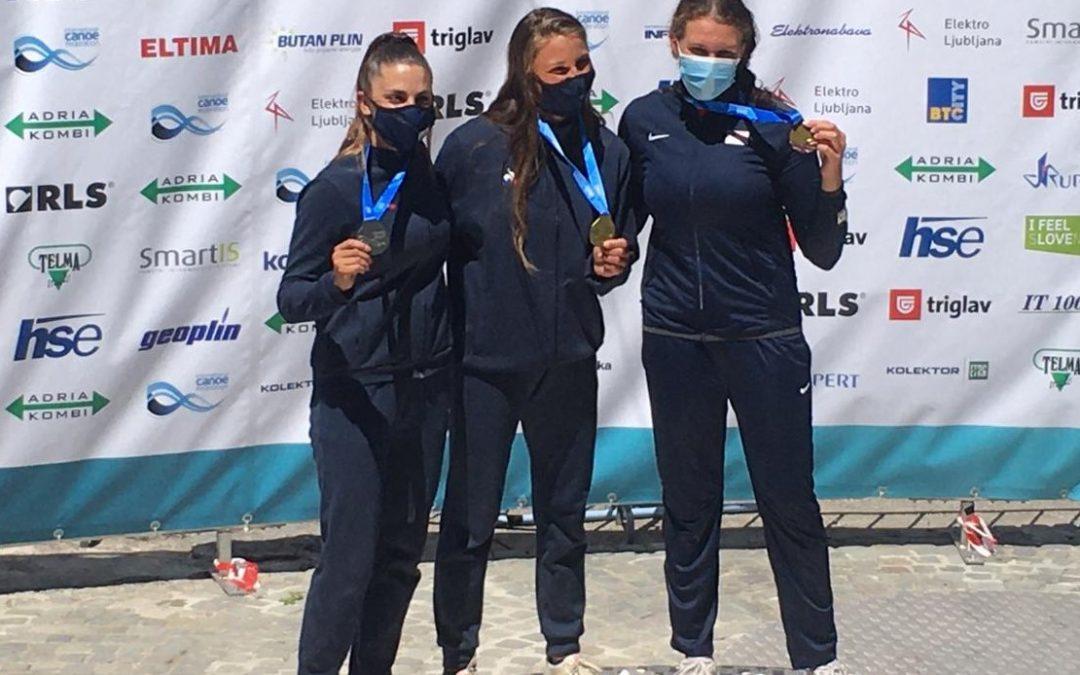 Emma VUITTON : vice-championne du monde de slalom K1D U18